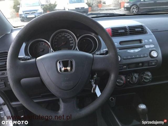Honda Jazz 1,2 z ładnym i zadbanym wnętrzem - 2/2