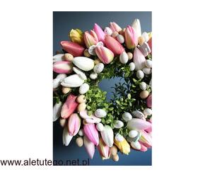 Wianek na drzwi z tulipanów | Ten Dom