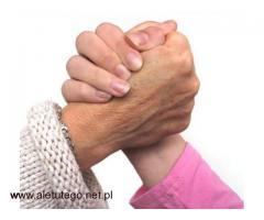 Pracuj jako opiekunka seniorów – legalnie, pewnie, bezpiecznie!