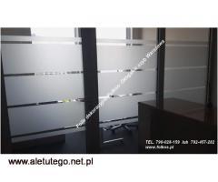 Usuwanie naklejek z witryn-mycie szyb po folii -demontaż folii Warszawa