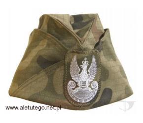 Furażerki wojskowe