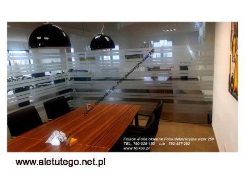 Folia dekoracyjna wzór 250 (matowe mrożone paski ) folie dekoracyjne Folkos Warszawa sprzedaz folii