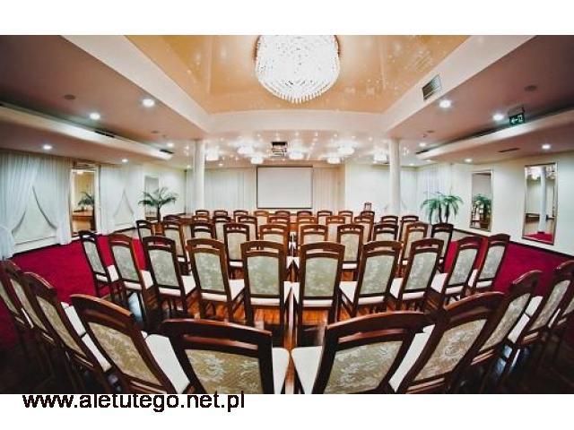 Klimatyzowana sala konferencyjna na Mazurach na 300 osób.